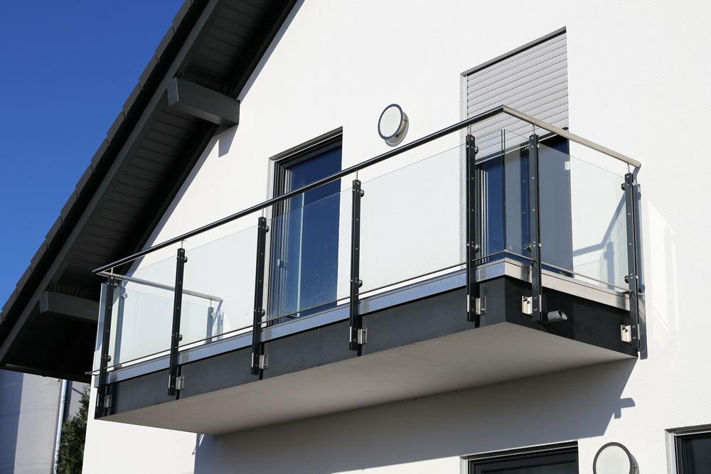 Bodenbeläge für Balkone & Terrassen - Barl Metallbau in Stotzard - ganz in der Nähe von Augsburg