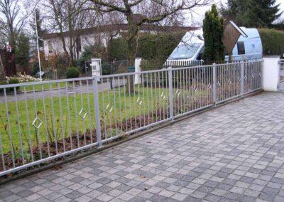 Tore und Gartenzäune bei Barl Metallbau