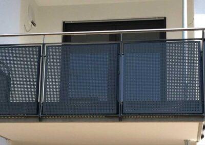 Metallbau - Lösungen für Außenbereiche - Ausbesserungsarbeiten